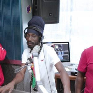 Capleton, Sizzla & Barrington Levy Live On The Breakfast Party